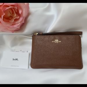 Coach Crossgrain Leather Wristlet Saddle Brown